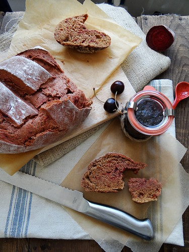 tahini beetroot black bread // black cherry jam