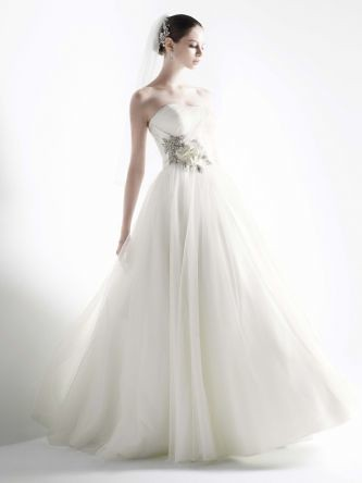 2012-wedding-dress-oleg-cassini-bridal-gowns-cwg322__teaser