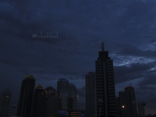 pencakar langit