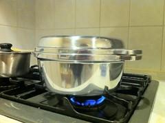 無水鍋で白米を炊く
