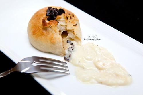 Truffle mozzarella explosion