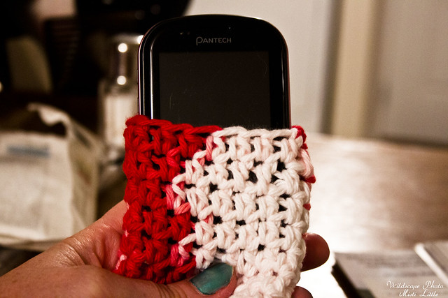 crochet_phone_cozy_1