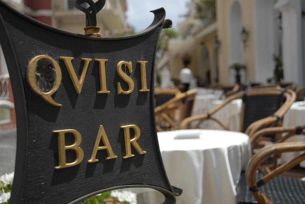 Island of Capri - Qvisi Bar