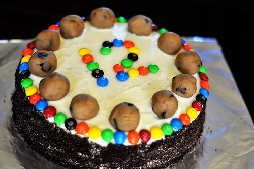 chocolate chip cookie dough cake