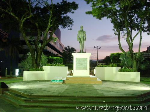 plaza_argentina_san_salvador_videature