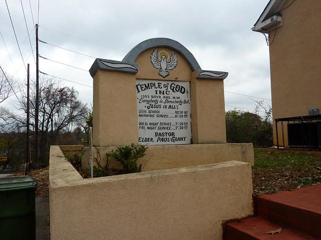 P1020765-2011-10-30-Temple-of-God-1353-Boyd-Ave-Atlanta-Sign