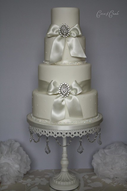 Simple Elegance Wedding Cake Very Simple But Elegant