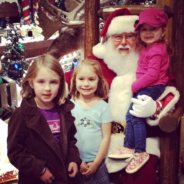 Bass Pro Shops Santa Rocks!