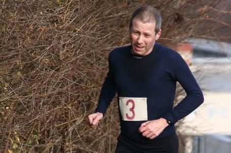 Osmnácté běhání do kopců v Praze a okolí přivedl do cíle Davies