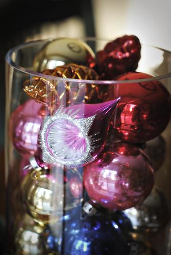 Vase of vintage balls 2011