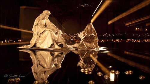 christmas reflections joseph mary saltlakecity templesquare nativity jesuschrist christchild reflectingpond