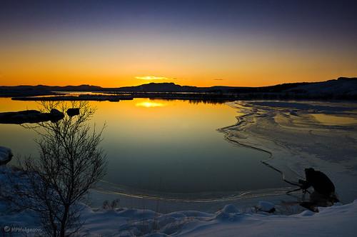 winter sunset lake ice photography iceland frost vetur vatn sólarlag ís þingvallavatn sólsetur ljósmyndun hphson sonyslta55