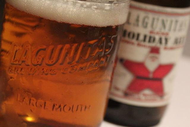 6565298291 e96d4e09fa z Lagunitas Sucks Holiday Ale