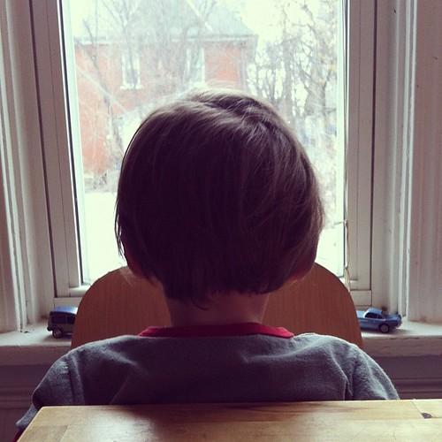 #hourlyphoto 12pm: Waiting for the non-sick ones to get home from church.