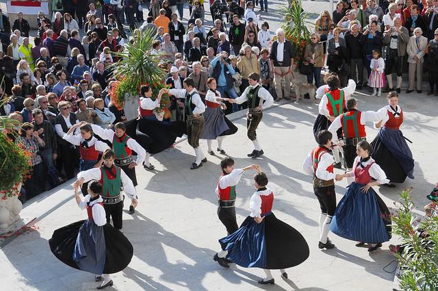 Traubenfest volkstanzgruppe untermais festa dell 39 uva gru for Azienda soggiorno merano