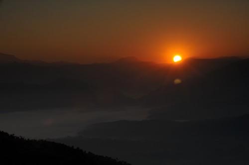 travel nepal sunrise nikon tripod fx nagarkot d700