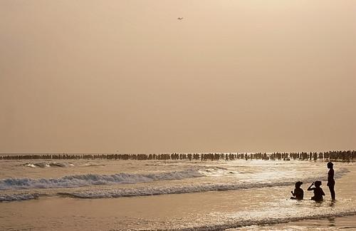new sea people beach day wave ghana years accra harmattan labadi paulinuk99999