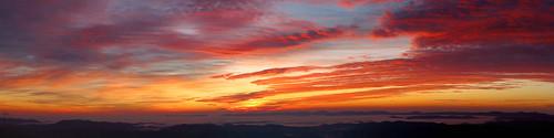 panorama sunrise landscape northcarolina blueridgeparkway westernnorthcarolina southernappalachians ccbyncsa microsoftice elkmountainoverlook canonpowershotsx40hs