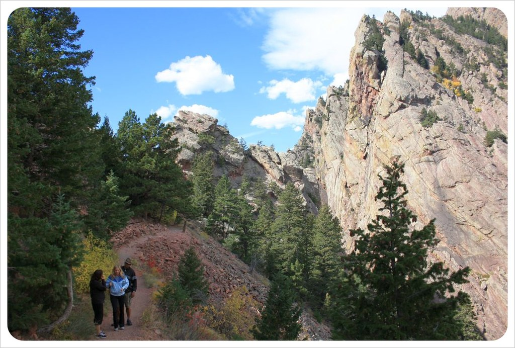 hiking in eldorado canyon