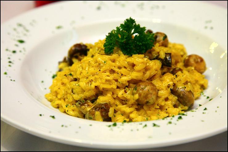 Verona Trattoria three-mushroom-risotto
