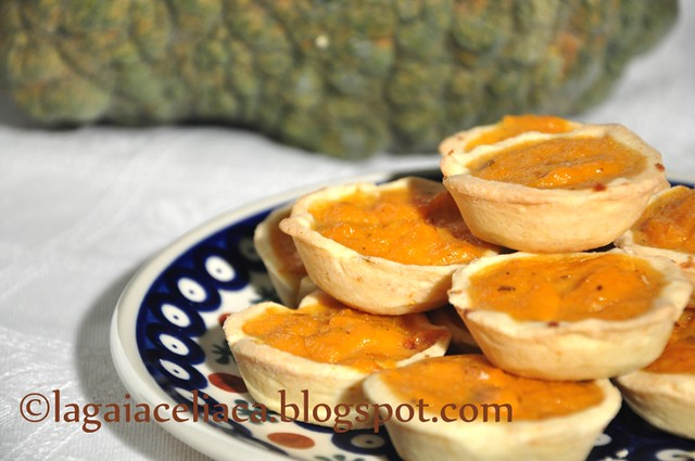 mini pumpkin-pie