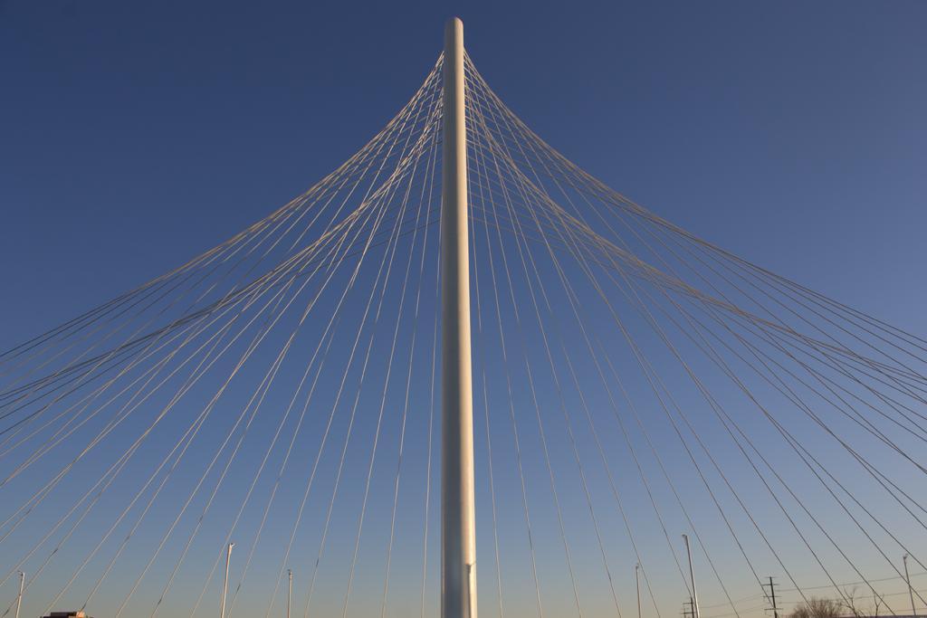 Calatrava Side2
