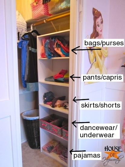 Kinsey_Room_floating_shelves_0201