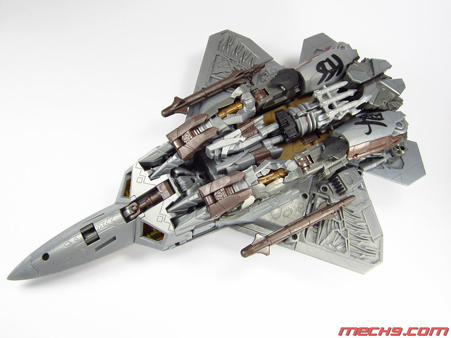 Leader Class Starscream