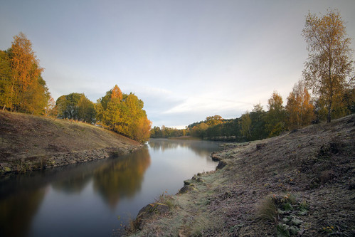 autumn trees river frost sweden sverige stångån östergötland sigma1020mmf456exdchsm canoneos7d hovetorp