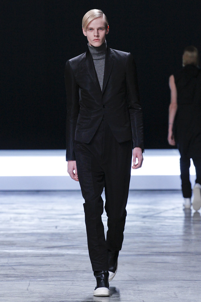 FW12 Paris Rick Owens011_Bart Grein(VOGUE)