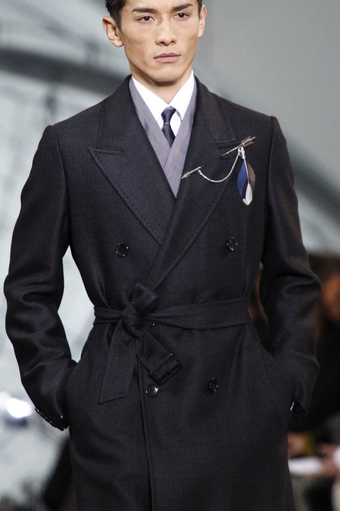 FW12 Paris Louis Vuitton072_Daisuke Ueda(VOGUE)