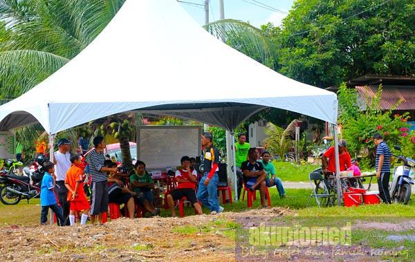 Khemah urusetia kejohanan sepak Takraw jemputan