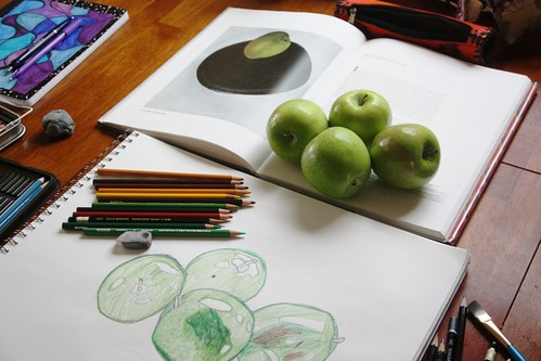 sketching apples