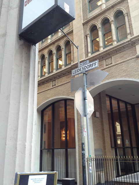 leidesdorff alley sign.jpg