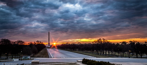 winter storm clouds sunrise washingtondc washington districtofcolumbia unitedstates dramatic washingtonmonument themall