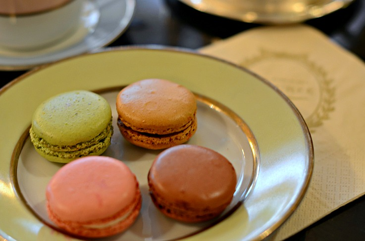 DSC_6460 Macarons at La Duree paris