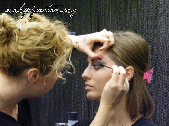 glitter ice makeup_19