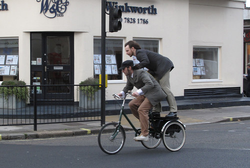 Tweed Run NovC 2011 (8)