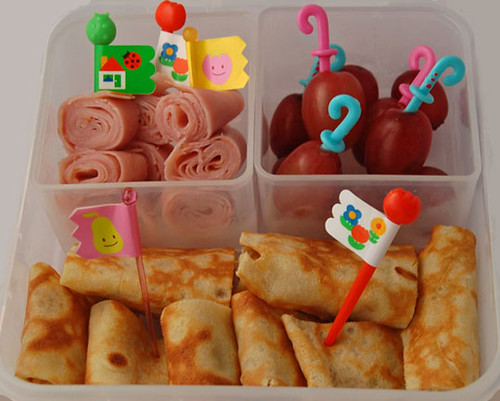 Bento_ #169 - Crepes n rolls