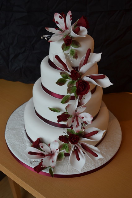 Red Burgundy Winter Wedding Cake For a couple that got married on the
