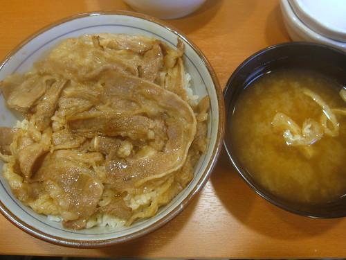 焼き牛丼@東京チカラめし(江古田)