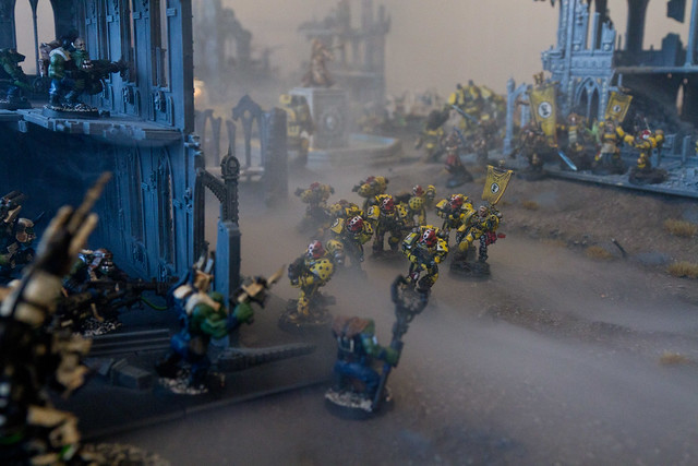 Pre-Heresy Imperial Fists and Salamanders clash with Orks