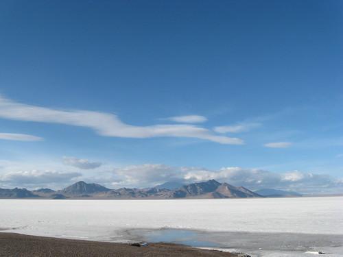 mountain landscape utah i80 saltflats restarea interstate80 bonnevillesaltflats november212011