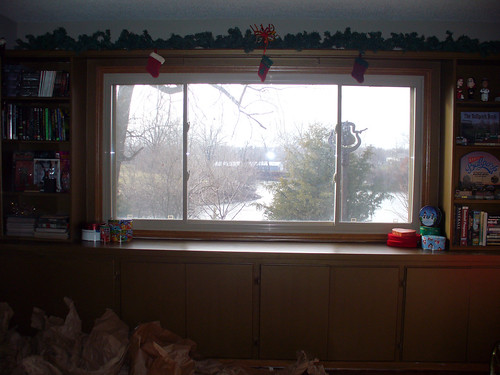 2011-12-05 - More Decorations - 0006