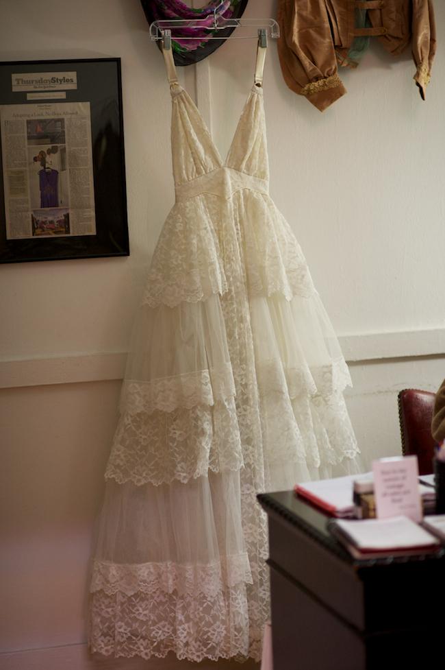Mismikado down the sidewalk vintage wedding dress for Vintage wedding dresses online shop