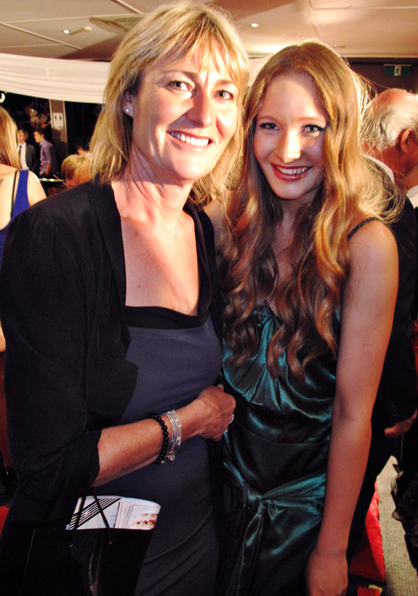 Contestand and Mum, Woman's Day Miss Country Girl Australia 2011_396
