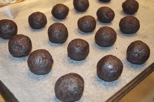 chocolate cake balls 13