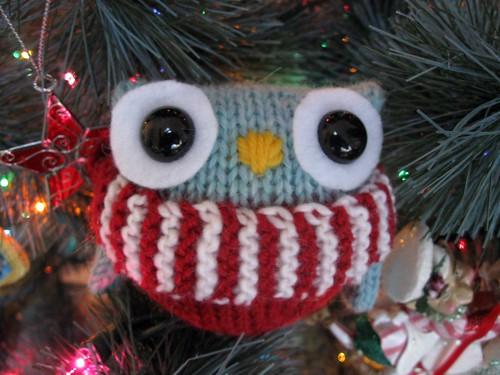 Christmas Owl Puff