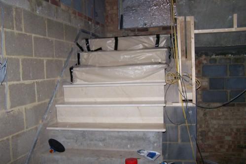 crema marfil stairs