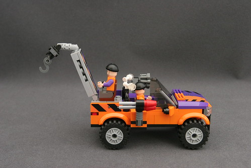6864 The Batmobile and the Two-Face Chase - Truck 11